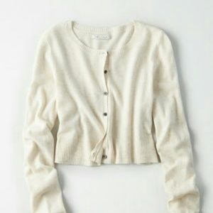 American Eagle cropped cardigan top